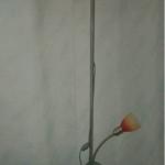 In Berlin wird eine Stehlampe gespendet A134. Weitergeben.org vermittelt Spenden an anerkannte gemeinnützige Vereine und Einrichtungen