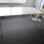 Büroschreibtisch, Stahl, Maße 1,60 L x 0,80 B x 0,72 H kostenlos in Berlin