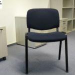 gespendet werden 12 stapelbare Stühle in Berlin