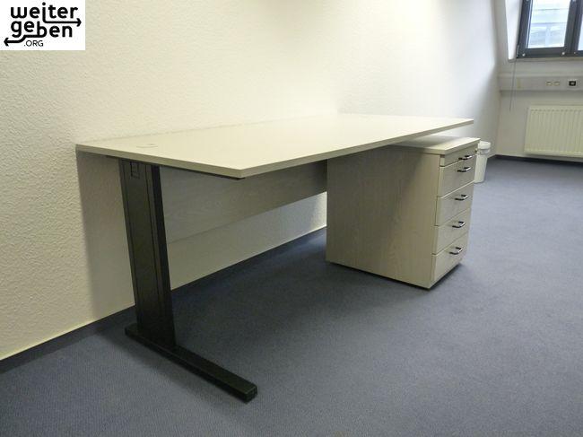 3 Schreibtische kostenlos in Berlin