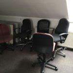 gespendet werden 5 Bürostühle