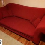 Sachspende: rote Couch