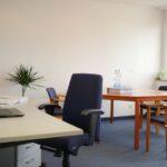 gespendet wird ein Besprechungstisch bzw. Konferenztisch in Düsseldorf