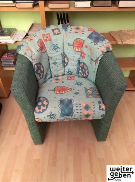 Sofa und dazu gehöriger Sessel werden in 63263 Neu-Isenburg verschenkt