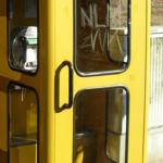 öffentlicher Bücherschrank im Fichtelgebirge sucht Telefonzelle