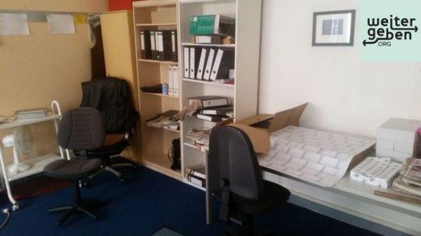 Unternehmen in Strausburg verschenkt Büroeinrichtung