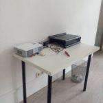 gespendet wird kleiner Tisch, gebraucht in Berlin