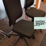 in München werden zwei Bürostühle gespendet
