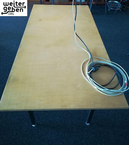 Spende: 8x sehr große Tische, B/T/H - 200*100*75cm