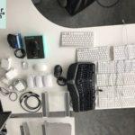 viele Kabel und Tastaturen werden nahe Frankfurt gespendet