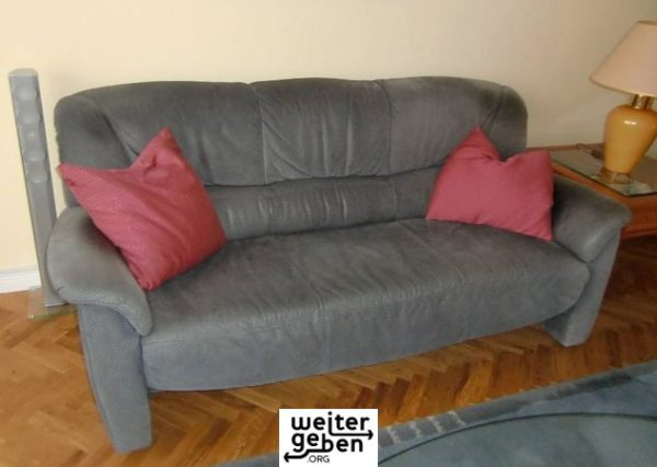 Couch in Berlin Landstadt Gatow