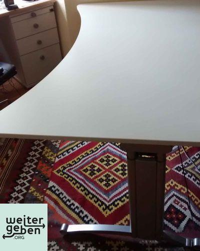 Spende: Schreibtisch in Berlin