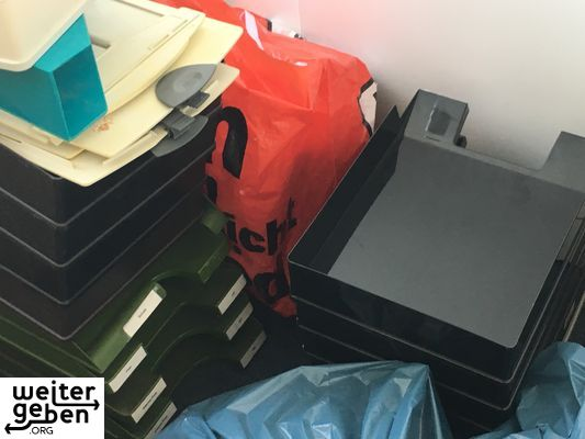 spenden ablagefaecher berlin a219. Black Bedroom Furniture Sets. Home Design Ideas