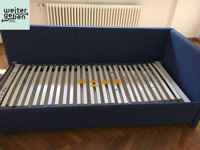 Spende: Bett mit Bettkasten nahe Potsdam