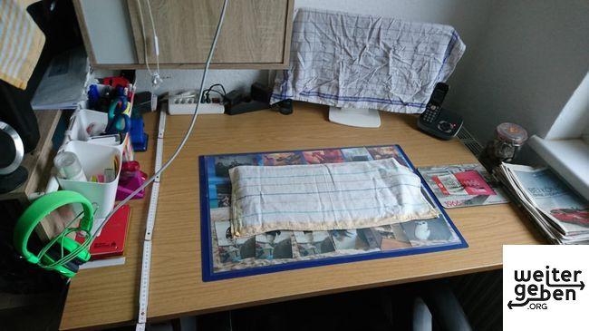 gespendet wird dieser höhenverstellbare Schreibtisch in 12487 Berlin