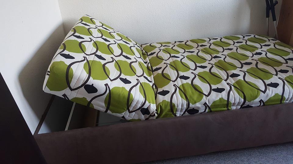 dieses Bett wird in Berlin Marzahn-Hellersdorf gespendet A292