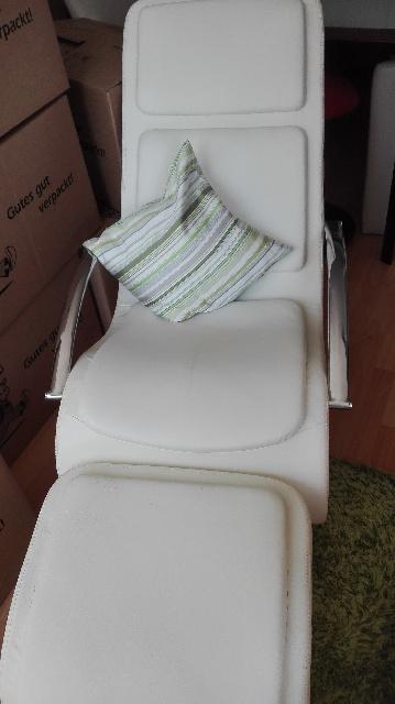 2x Wippstühle werden in Charlottenburg-Wilmersdorf Berlin gespendet