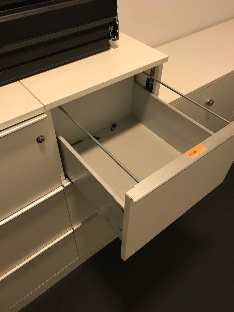 Schrank weiss Hängeregisterschrank A190077