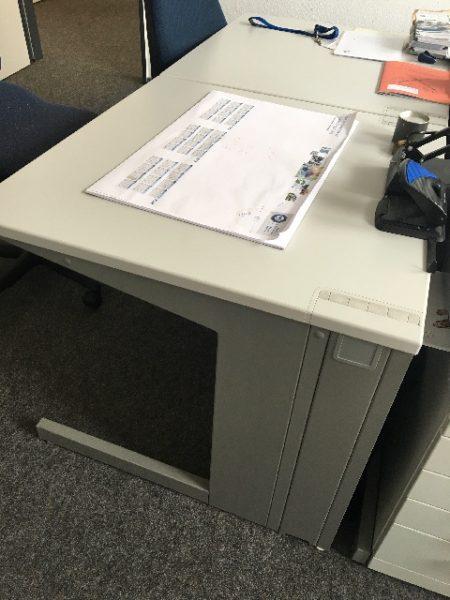 Spende: Schreibtische in Essen NRW