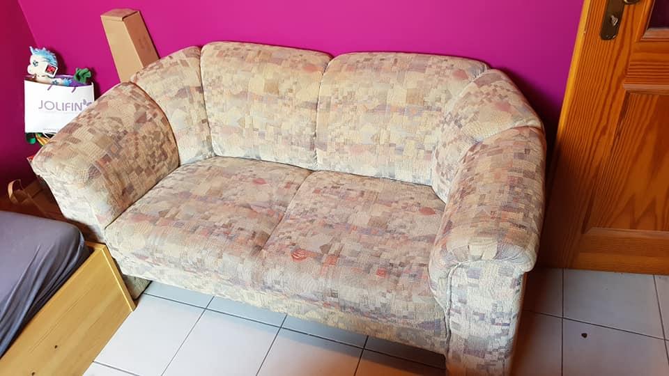 gebrauchte Couch wird in Weiterstadt, Hessen gespendet