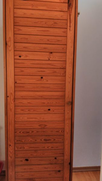 Möbelspende: Holzschrank Vorratsschrank in Friedrichshain-Kreuzberg, Bezirk PankowA190110