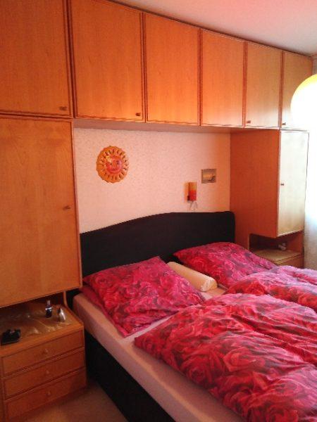 Schlafzimmerschrankwand in Neukölln zu verschenken