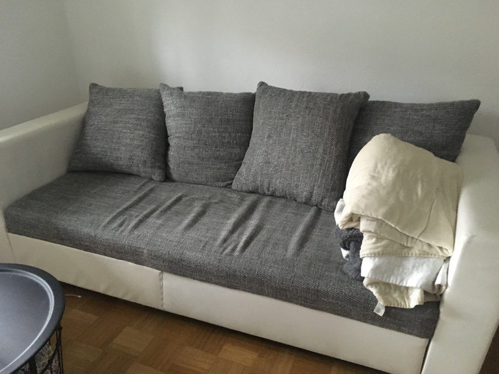 zu verschenken schönes Sofa in Berg am Laim
