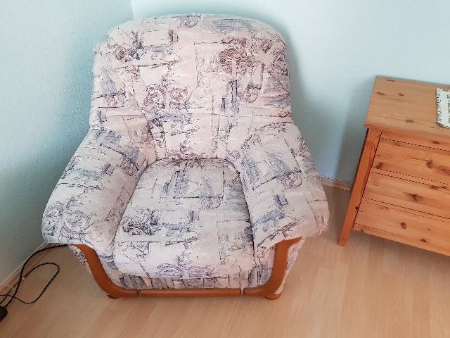 Spende: gemütlicher Sessel in Lichtenberg A190161
