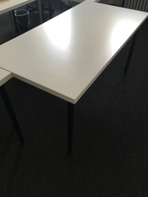 über 50x Ikea Tische Linnmon Adils in Berlin Kreuzberg