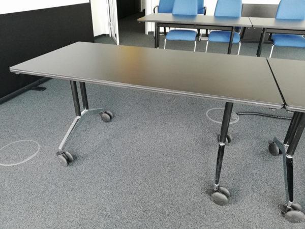 Konferenz-Tisch klappbar und rollbar