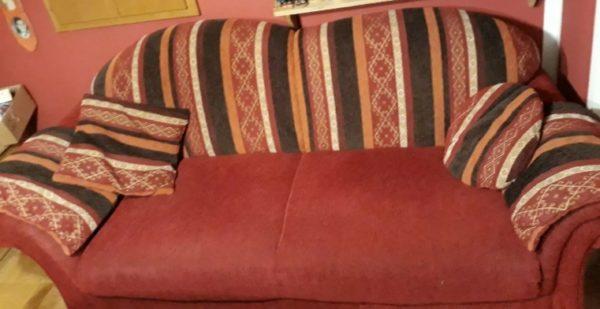 schönes Sofa in Berlin inkl. Sessel + Hocker