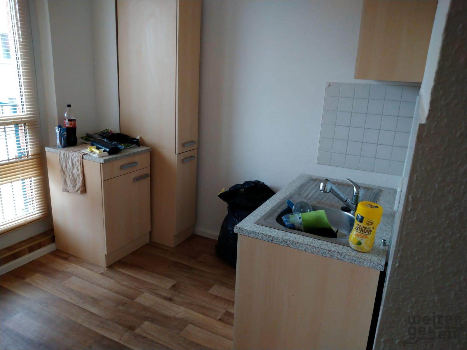 Küchenschränke mit Spüle - Spende für Wohnung in Berlin