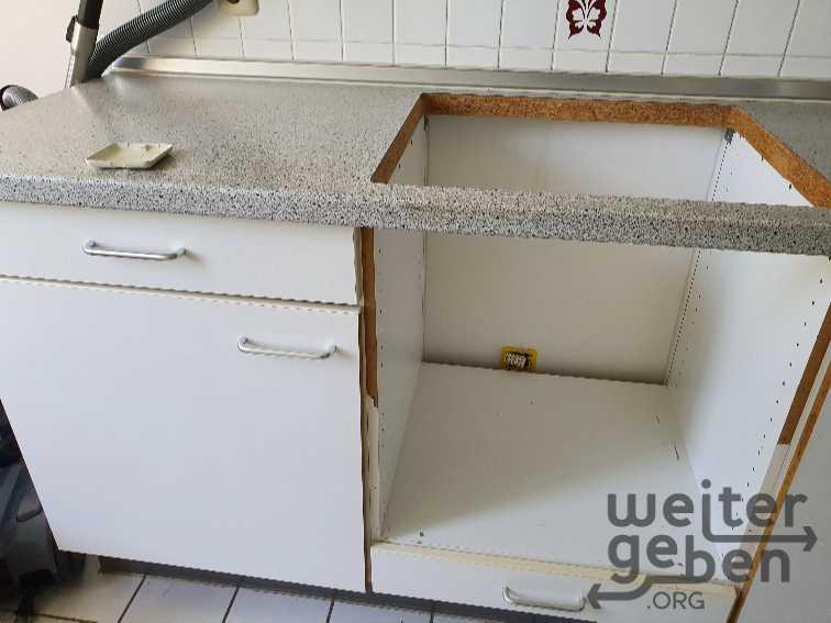 Küchenmodul mit offenem Herdeinsatz