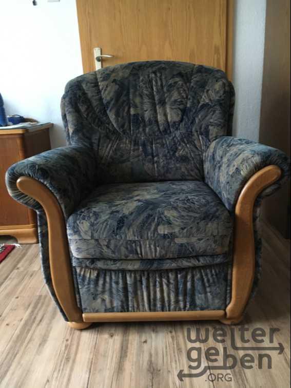 1 Sofa und 2 Sessel  in Spangenberg