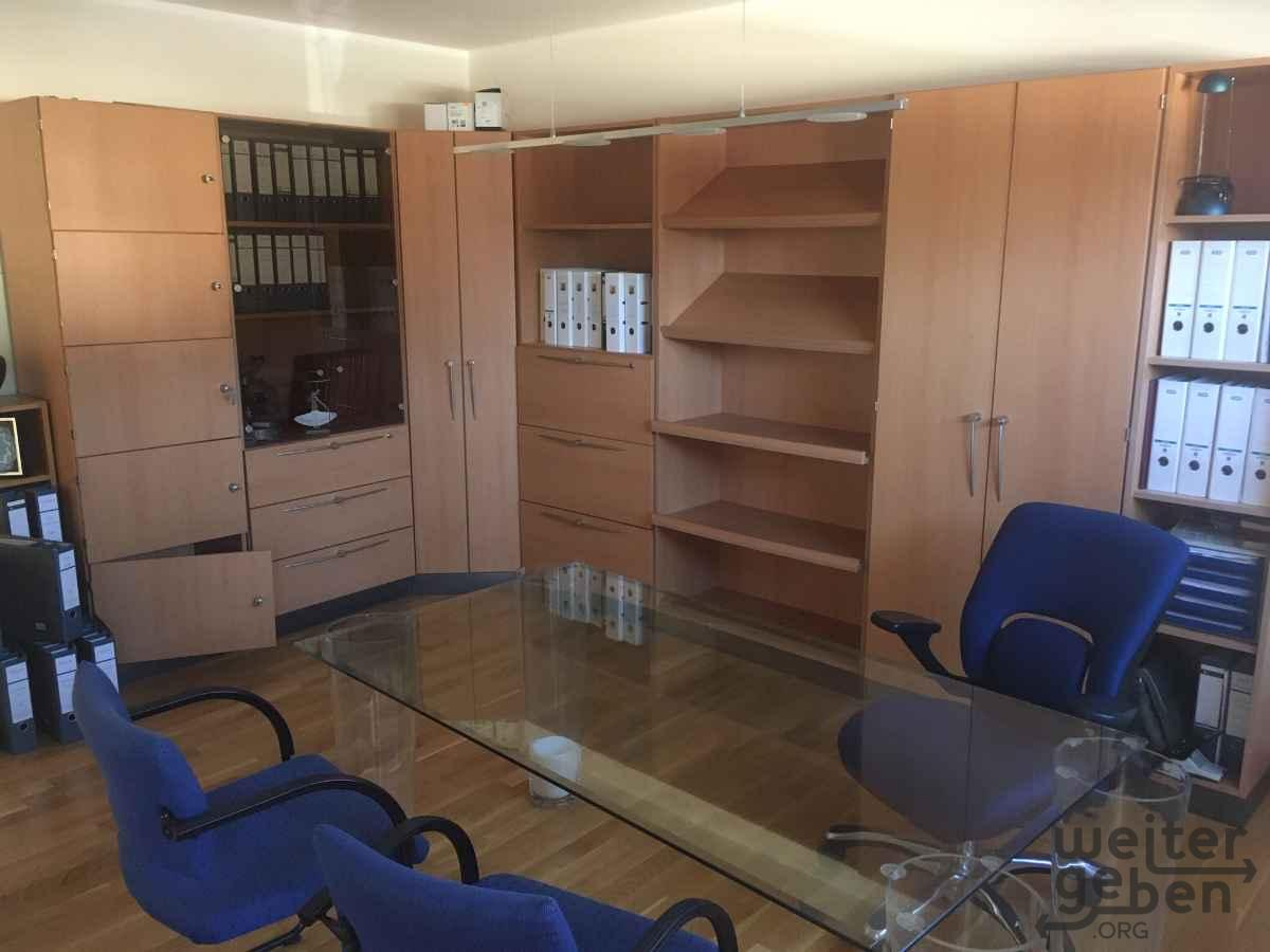 Büroeinrichtung in Oberursel