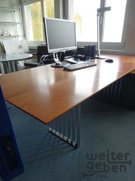 Bürotisch in Münsterlingen