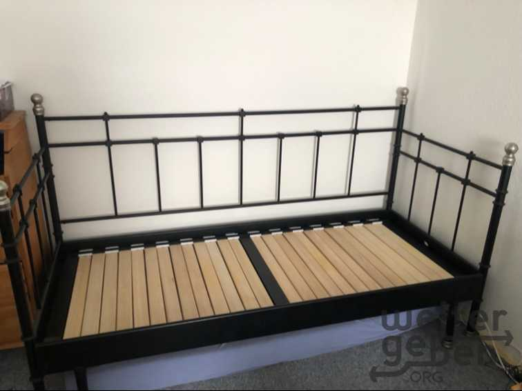 Bett ausziehbar in Berlin