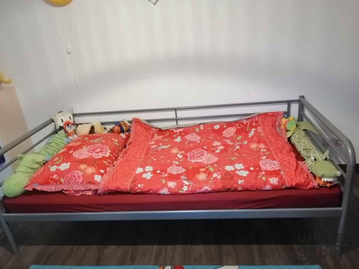 Bett in Ennigerloh