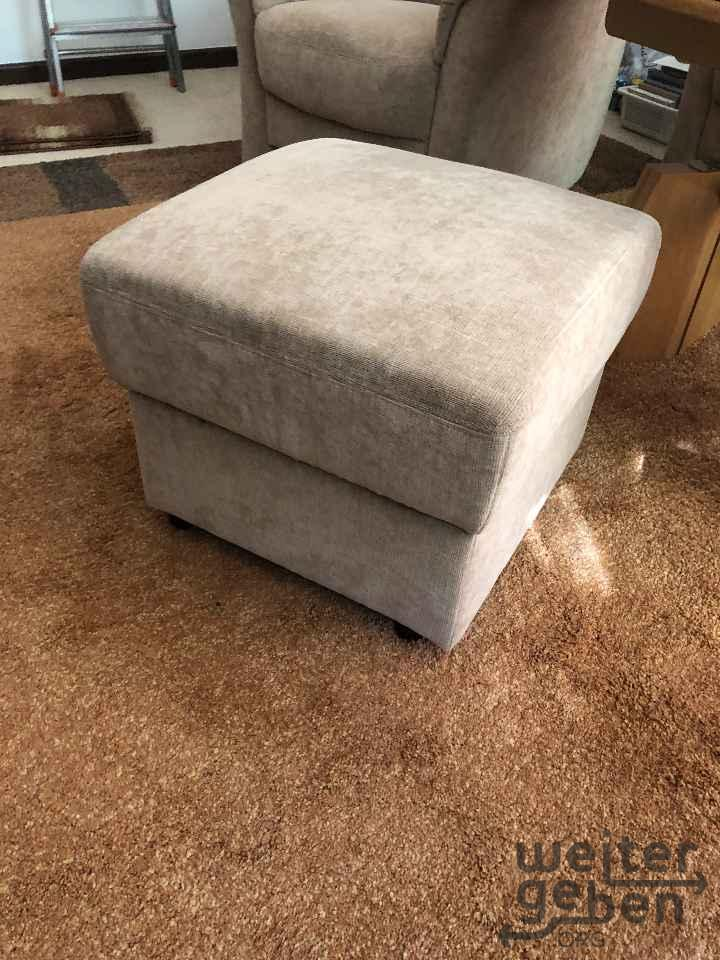 Couch, 2 Sessel, 1 Hocker in Berlin