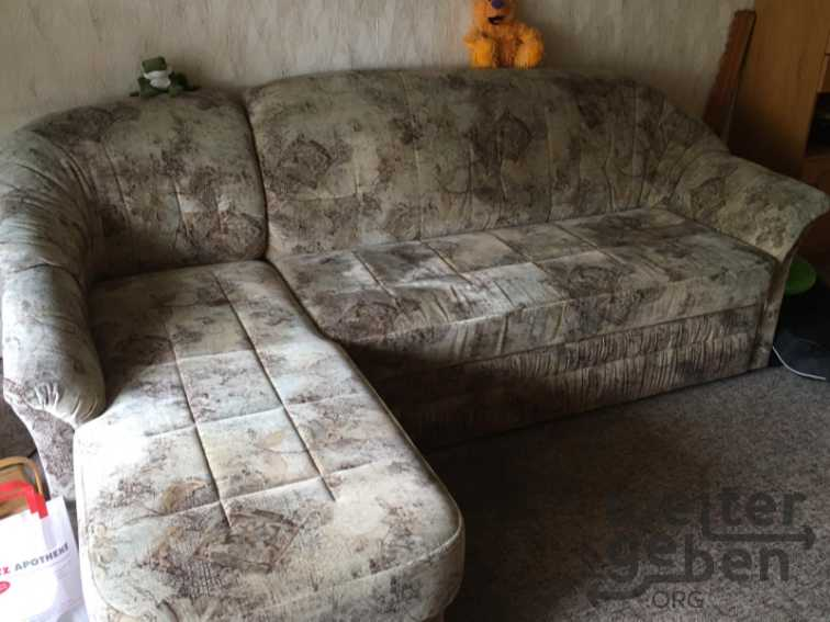 Couch mit Ottomane in Berlin
