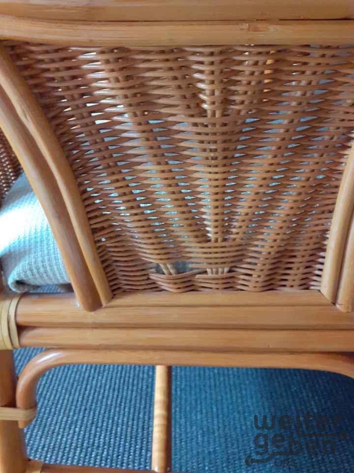 Esstisch, 4 Stühle, Rattan in Berlin