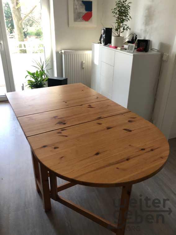 Esstisch + 4 Stühle in Dortmund