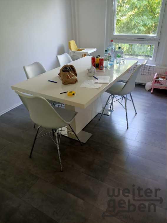 Esstisch mit 6 Stühlen in Berlin