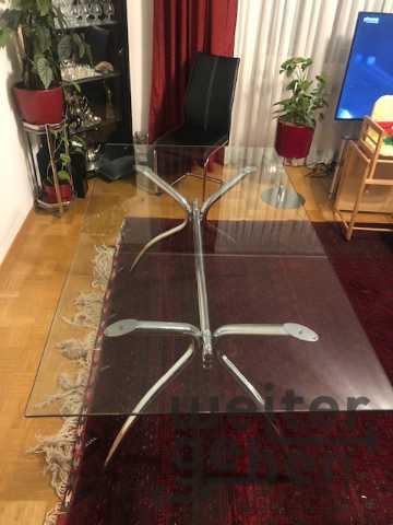 Essttisch für 6 Personen in Martinsried, Planegg