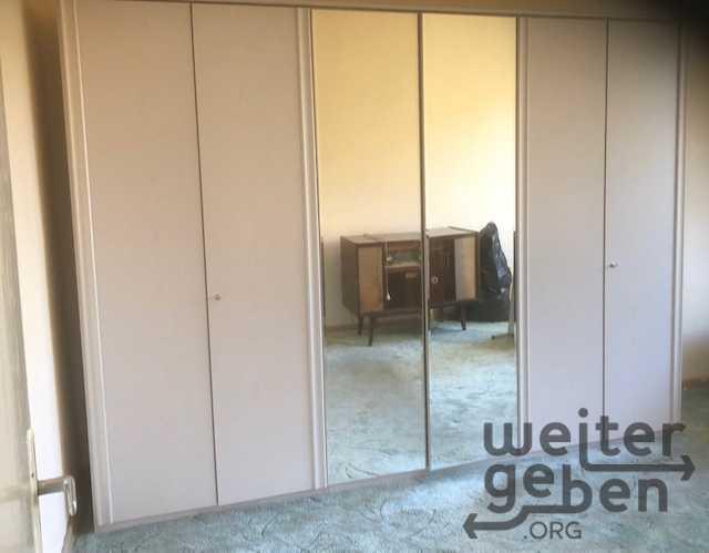 Kleiderschrank in Berlin