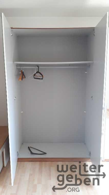 Kleiderschrank in Unterschleißheim