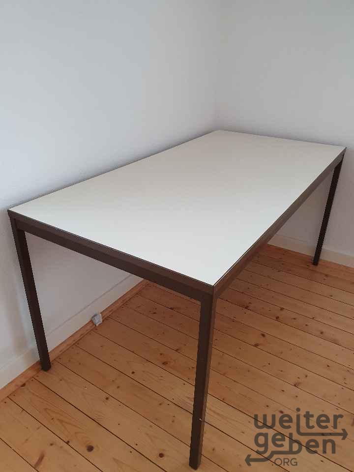 Schreibtisch und Rollcontainer in köln