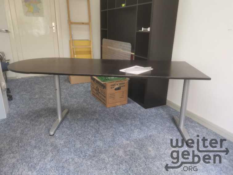 Schreibtisch IKEA Galant in Berlin