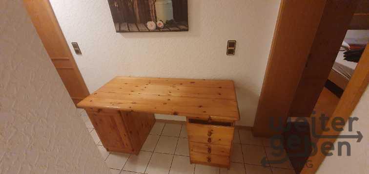 Schreibtisch  in Leidersbach