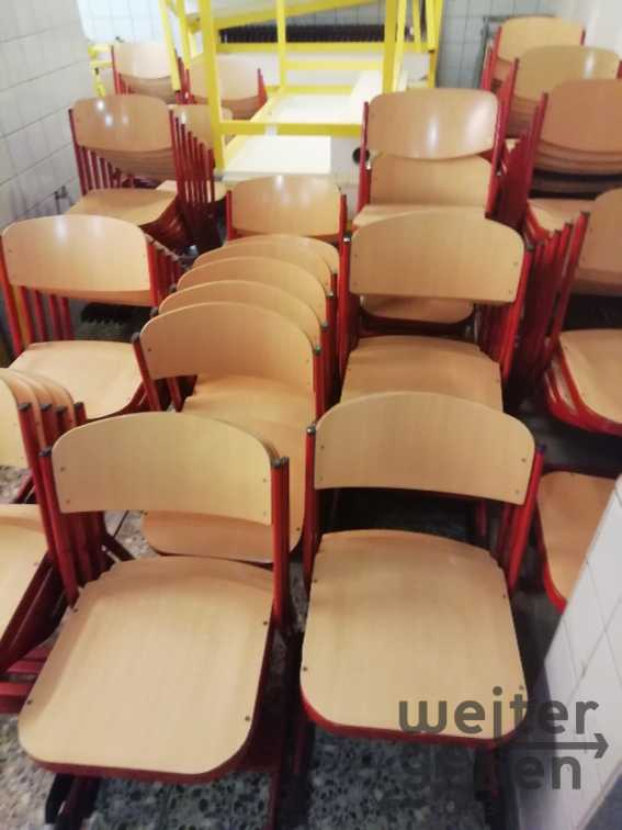 Schulstühle in Wülfrath